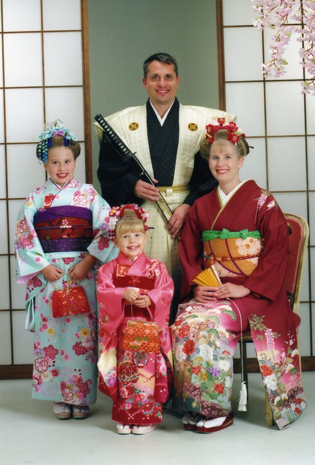 Family in traditional Japanese dress