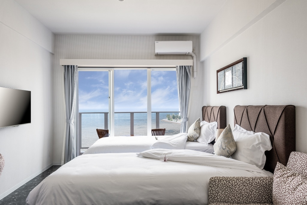 DSH Resorts Twin Bed Room with Ocean View